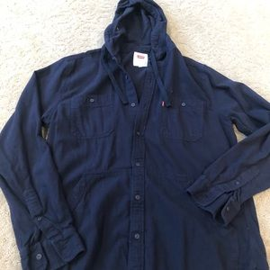 Levi's Men's button down shirt with hood